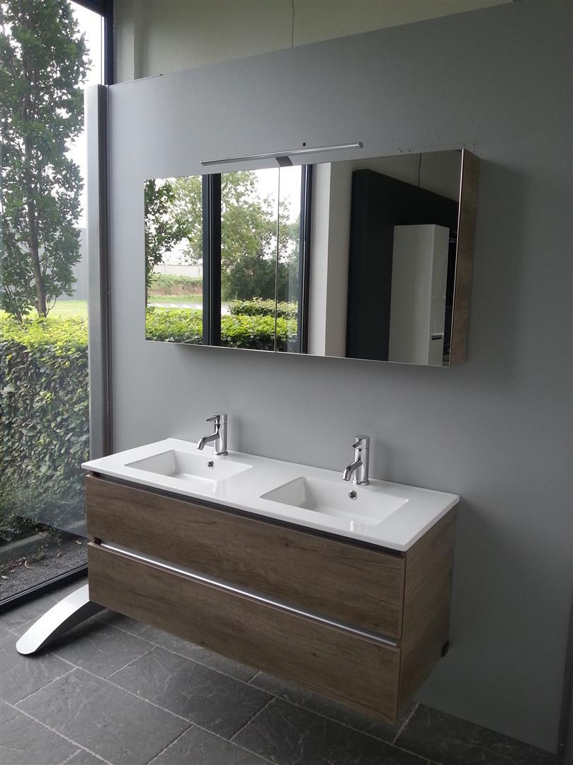 Ross Tegels | Badkamer- Keuken- en Wandtegels | Bekijk ons aanbod